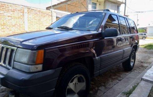 Se vende urgemente Jeep Grand Cherokee 1996 Automático en Zapopan