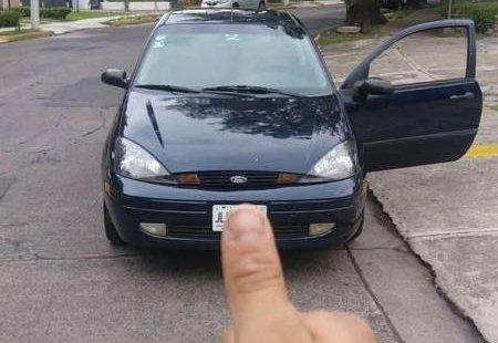 Quiero vender inmediatamente mi auto Ford Focus 2004 muy bien cuidado