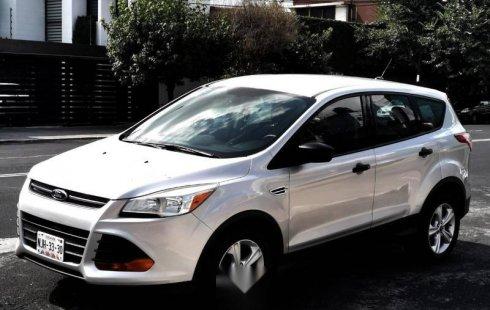 Vendo un carro Ford Escape 2014 excelente, llámama para verlo