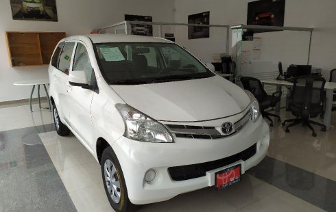 Quiero vender inmediatamente mi auto Toyota Avanza 2015