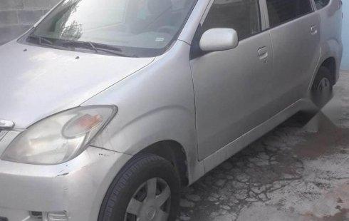 Quiero vender inmediatamente mi auto Toyota Avanza 2008 muy bien cuidado