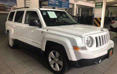 Pongo a la venta un Jeep Patriot en excelente condicción
