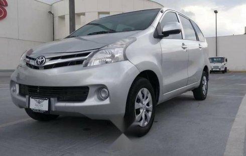 Auto usado Toyota Avanza 2013 a un precio increíblemente barato