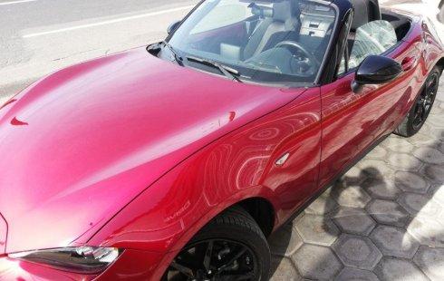 Pongo a la venta cuanto antes posible un Mazda MX-5 que tiene todos los documentos necesarios