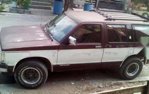 Vendo un carro Chevrolet Blazer 1991, llámama para verlo