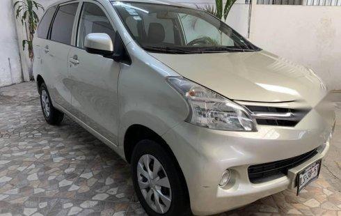 Se vende un Toyota Avanza 2014 por cuestiones económicas