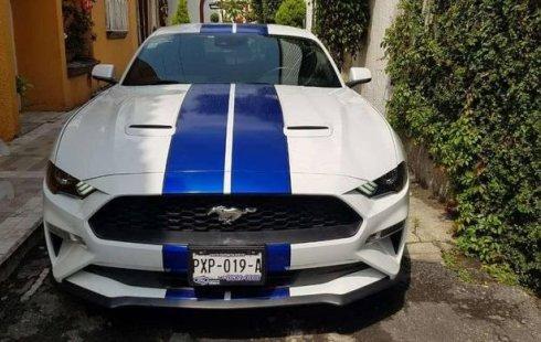Vendo un carro Ford Mustang 2019 excelente, llámama para verlo
