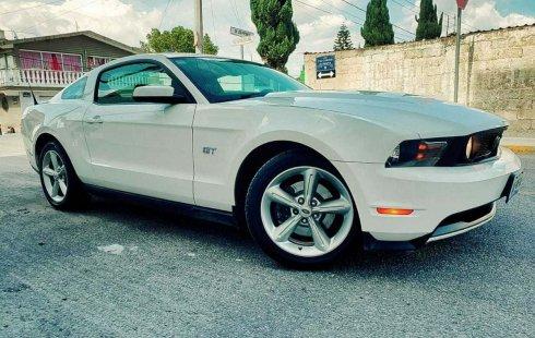 Precio de Ford Mustang 2010