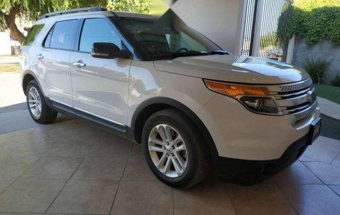 Un excelente Ford Explorer 2013 está en la venta