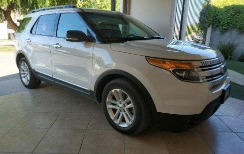 Quiero vender inmediatamente mi auto Ford Explorer 2013 muy bien cuidado