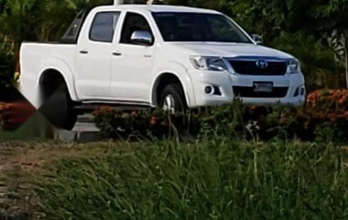 Toyota Hilux precio muy asequible