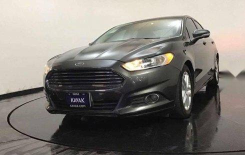 Vendo un carro Ford Fusion 2015 excelente, llámama para verlo