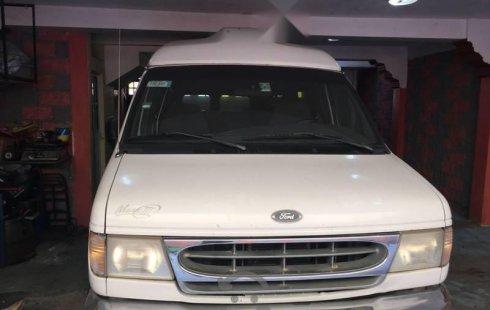 Coche impecable Ford Econoline con precio asequible