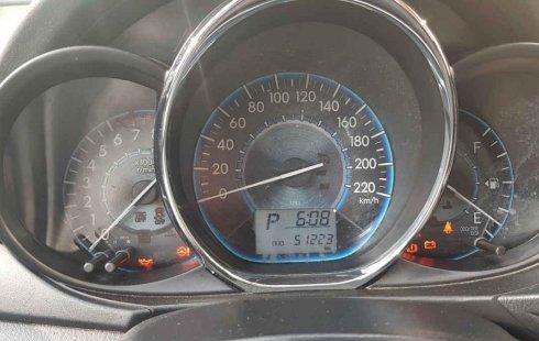 Vendo un Toyota Yaris en exelente estado