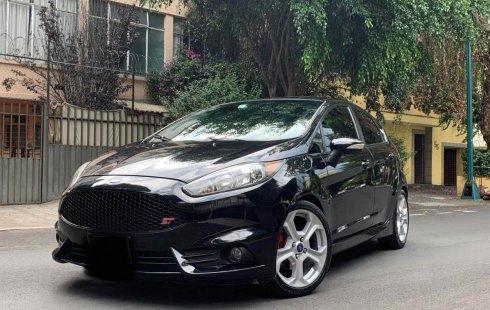 En venta un Ford Fiesta 2014 Manual muy bien cuidado