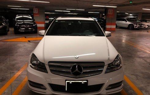 Mercedes-Benz Clase C impecable en Metepec