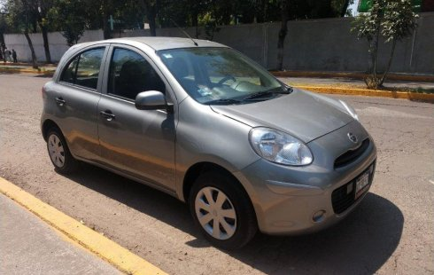 Vendo un Nissan March impecable