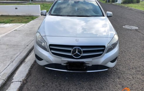 Mercedes-Benz Clase A 2014 Hatchback
