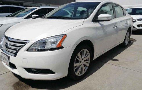 Vendo un carro Nissan Sentra 2013 excelente, llámama para verlo