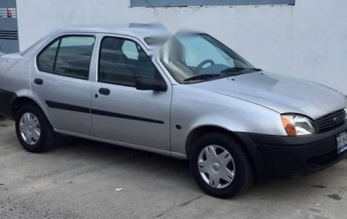 Tengo que vender mi querido Ford Ikon 2003