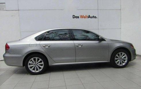 Coche impecable Volkswagen Passat con precio asequible