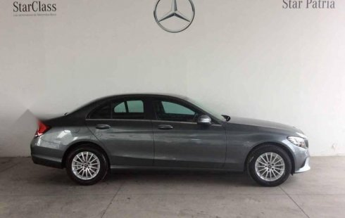 Auto usado Mercedes-Benz Clase C 2019 a un precio increíblemente barato