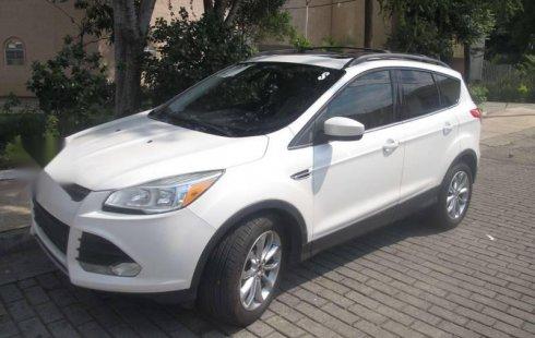 Quiero vender inmediatamente mi auto Ford Escape 2014 muy bien cuidado