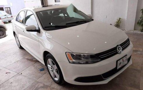 Se vende un Volkswagen Jetta 2016 por cuestiones económicas