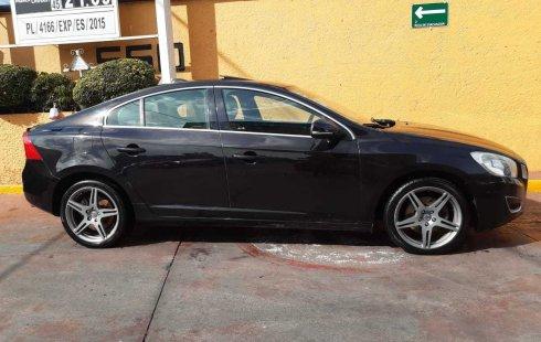 Vendo un carro Volvo S60 2013 excelente, llámama para verlo