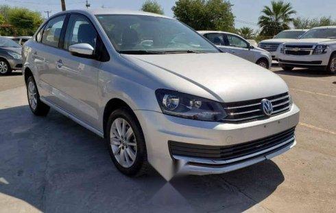 Quiero vender urgentemente mi auto Volkswagen Vento 2018 muy bien estado