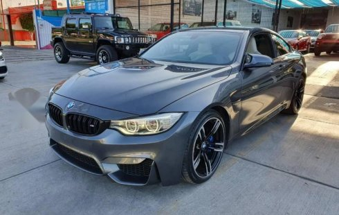 En venta carro BMW Serie M 2015 en excelente estado