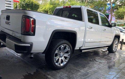 En venta un GMC Sierra 2018 Automático muy bien cuidado