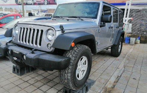 Tengo que vender mi querido Jeep Wrangler 2014