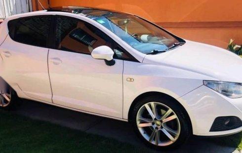 Vendo un carro Seat Ibiza 2012 excelente, llámama para verlo