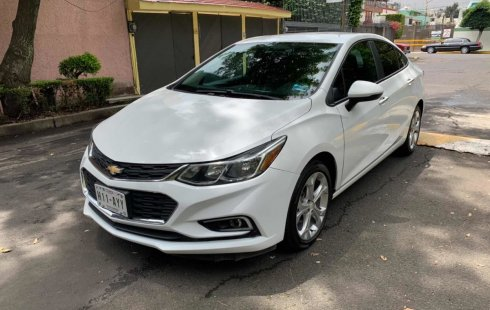 Vendo un carro Chevrolet Cruze 2017 excelente, llámama para verlo