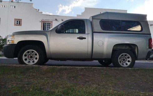 Chevrolet Silverado precio muy asequible