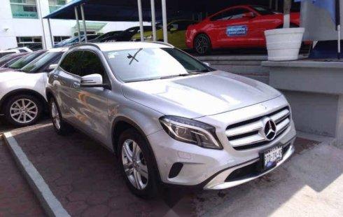 Vendo un carro Mercedes-Benz Clase GLA 2017 excelente, llámama para verlo