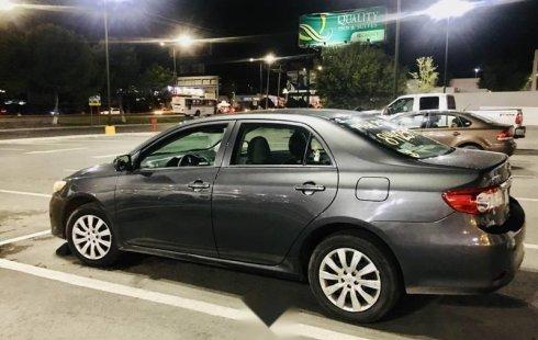 Un carro Toyota Corolla 2013 en Saltillo