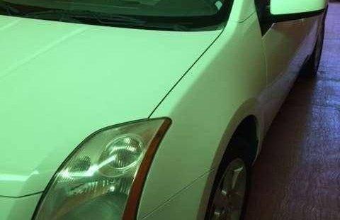 Nissan Sentra impecable en Iztacalco