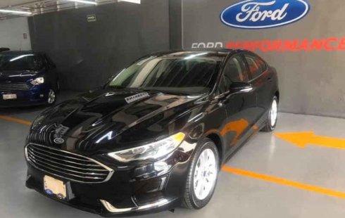 Quiero vender un Ford Fusion en buena condicción