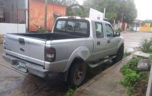 Un carro Ford Ranger 2008 en Coatzacoalcos