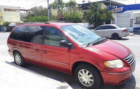 Urge!! Un excelente Chrysler Town & Country 2005 Automático vendido a un precio increíblemente barato en Monterrey