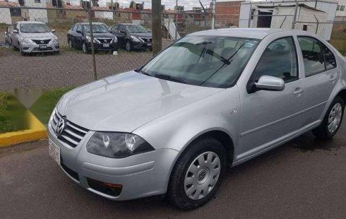 Vendo un carro Volkswagen Clásico 2013 excelente, llámama para verlo