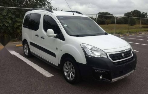 Peugeot Partner Tepee 2016 impecable