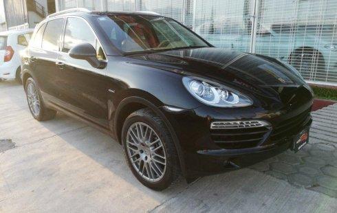 Pongo a la venta cuanto antes posible un Porsche Cayenne en excelente condicción