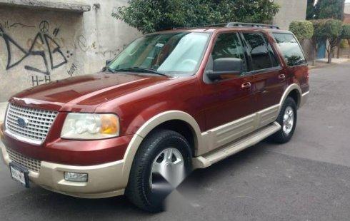 Un Ford Expedition 2006 impecable te está esperando