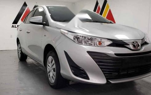 Quiero vender urgentemente mi auto Toyota Yaris 2019 muy bien estado