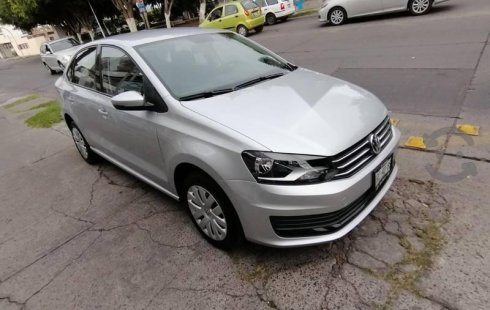 Volkswagen Vento 2018 impecable