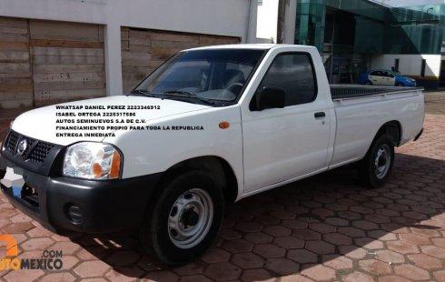 Bonita Nissan Pickup 2015 Puebla