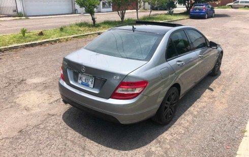 Quiero vender cuanto antes posible un Mercedes-Benz Clase C 2011